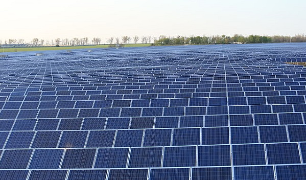 suurimad päikesepaneelide tootjad