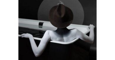 Eesti fotokunstnik sai näituse loomiseks inspiratsiooni Villeroy & Bochi toodetest
