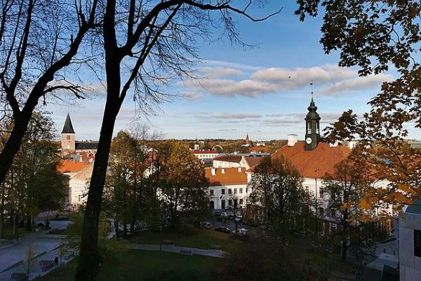 Ülikooli teadlased uurivad Tartu linna mikroobide elurikkust